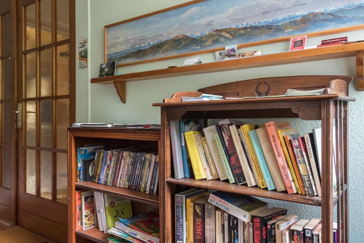 Hall:library MaisonBellevue_Munster-69